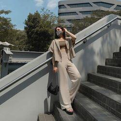 @viraoctavira head to toe in avgal! let's break down her Sunday outfit  #avgalclothmask olive Serena croptank - 149,000 beige Kath top - 349,000 sand Finn pants - 169,000