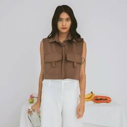 JORDAN TOP — feel the safari look from this crop vest jacket that is both lovely yet adventurous